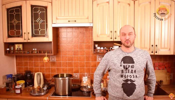 Видео Русская Дымка — Копченый сыр, шаг третий: коптим сулугуни и имеретинский сыр