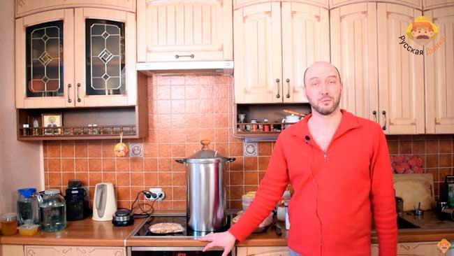 Видео Русская Дымка — Рецепт курицы: горячее копчение целиком в новой коптильне Hanhi